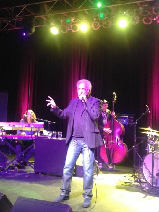 Tom Jones - Live In Philadelphia