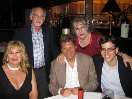 Dinner with Andrew Gross and fans.