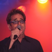 Live At 35: Huey Lewis & The News