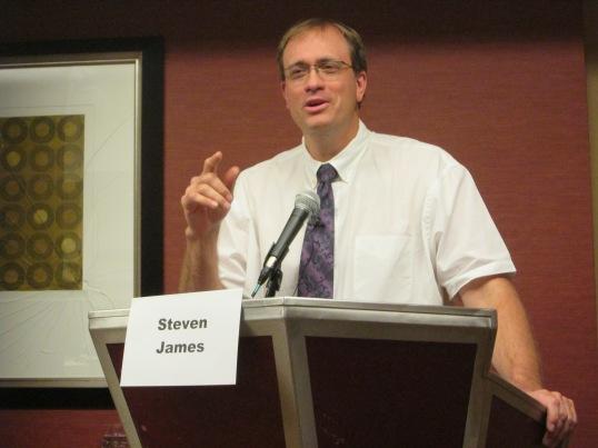 Steven James discussing plot twists.