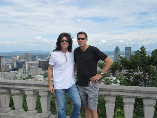Tommy Thayer (left) and John Thayer (right).