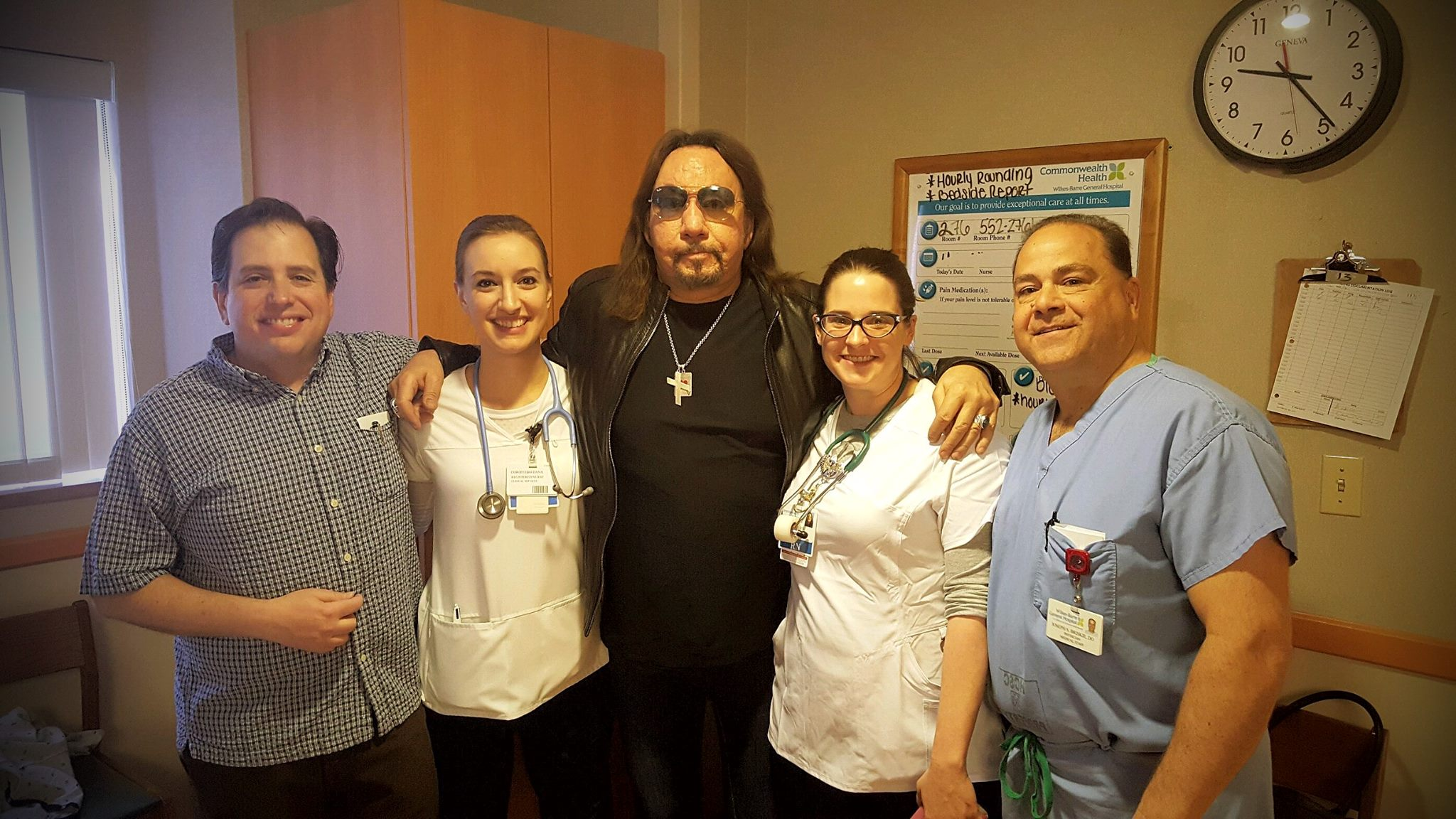 Ace frehley recovers from health scare after wilkes barre show ace frehley recovers from health scare after wilkes barre show michael cavacini kristyandbryce Gallery